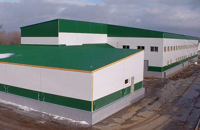 В Энгельсском районе ведется строительство современного мясокомбината