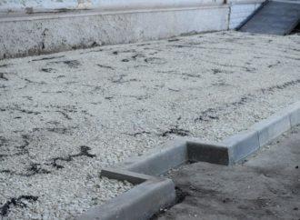 Михали Исаев поручил главам районов жестче контролировать работу подрядчиков по ремонту тротуаров